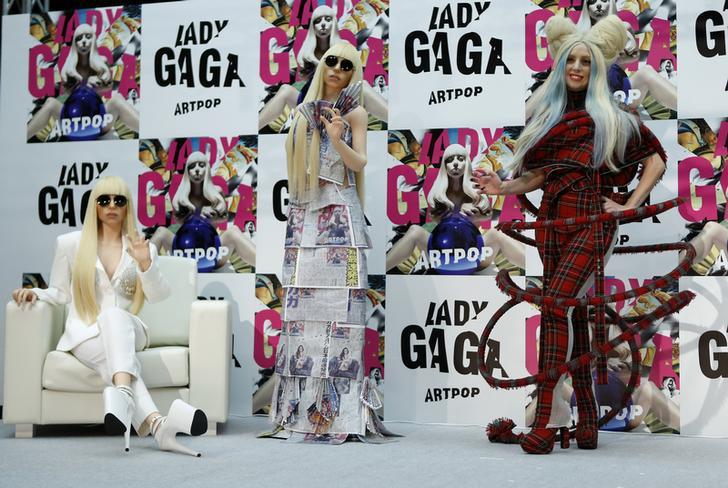 Lady Gaga and dolls